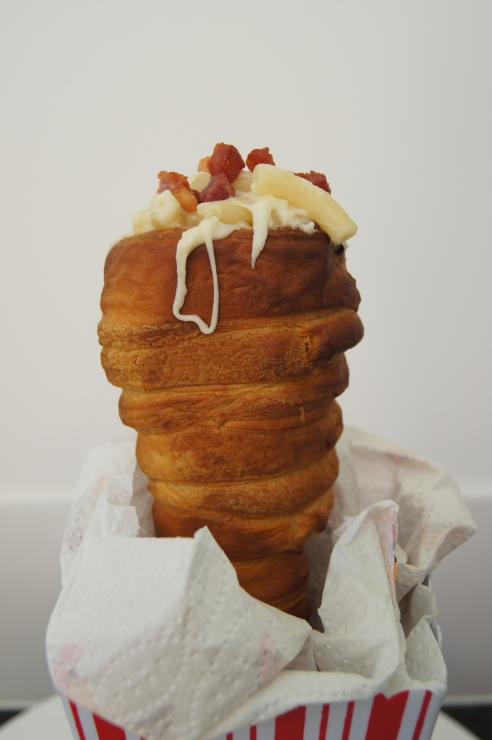 Bacon Mac and Cheese cone