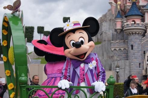Disneyland Paris Goofy's Garden Party Mickey