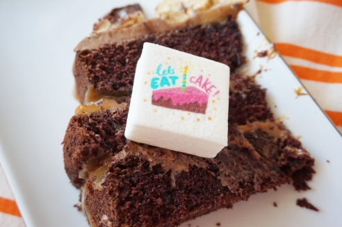 boomf cake