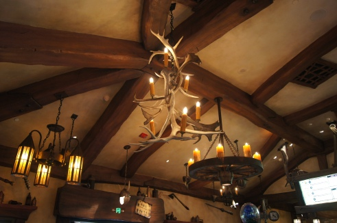 Tangled Tree Tavern, Shanghai Disneyland